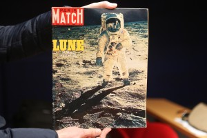 paris-match-la-lune